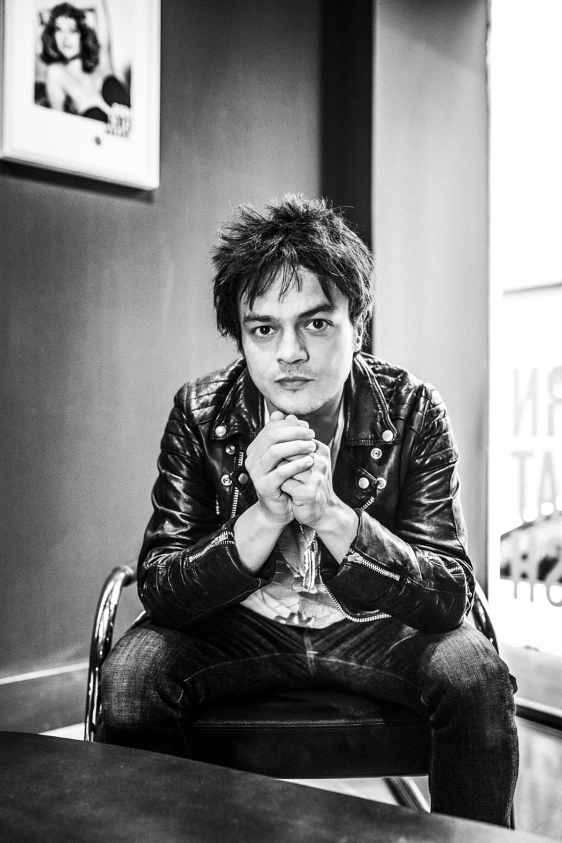 Jamie Cullum. Portrait by Jacobo Medrano for Rolling Stone magazine.